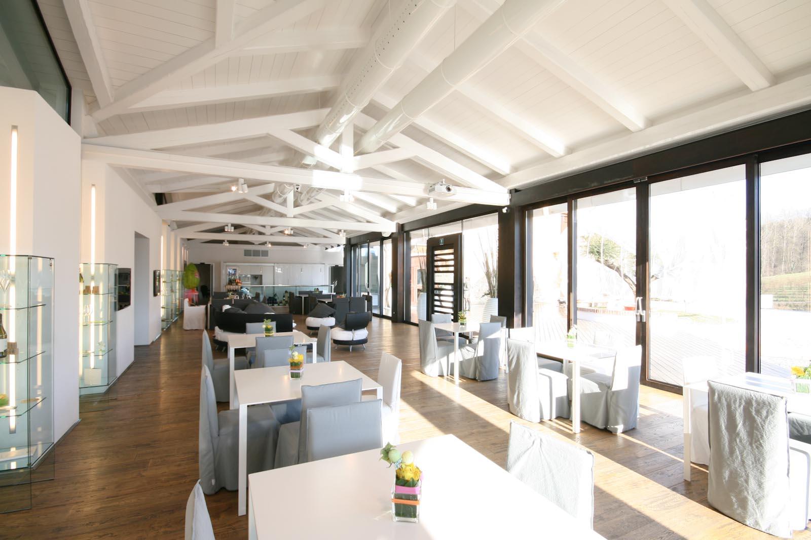 L'azienda vinicola moderna in vendita in zona Roero DOCG e Alta Langa DOCG