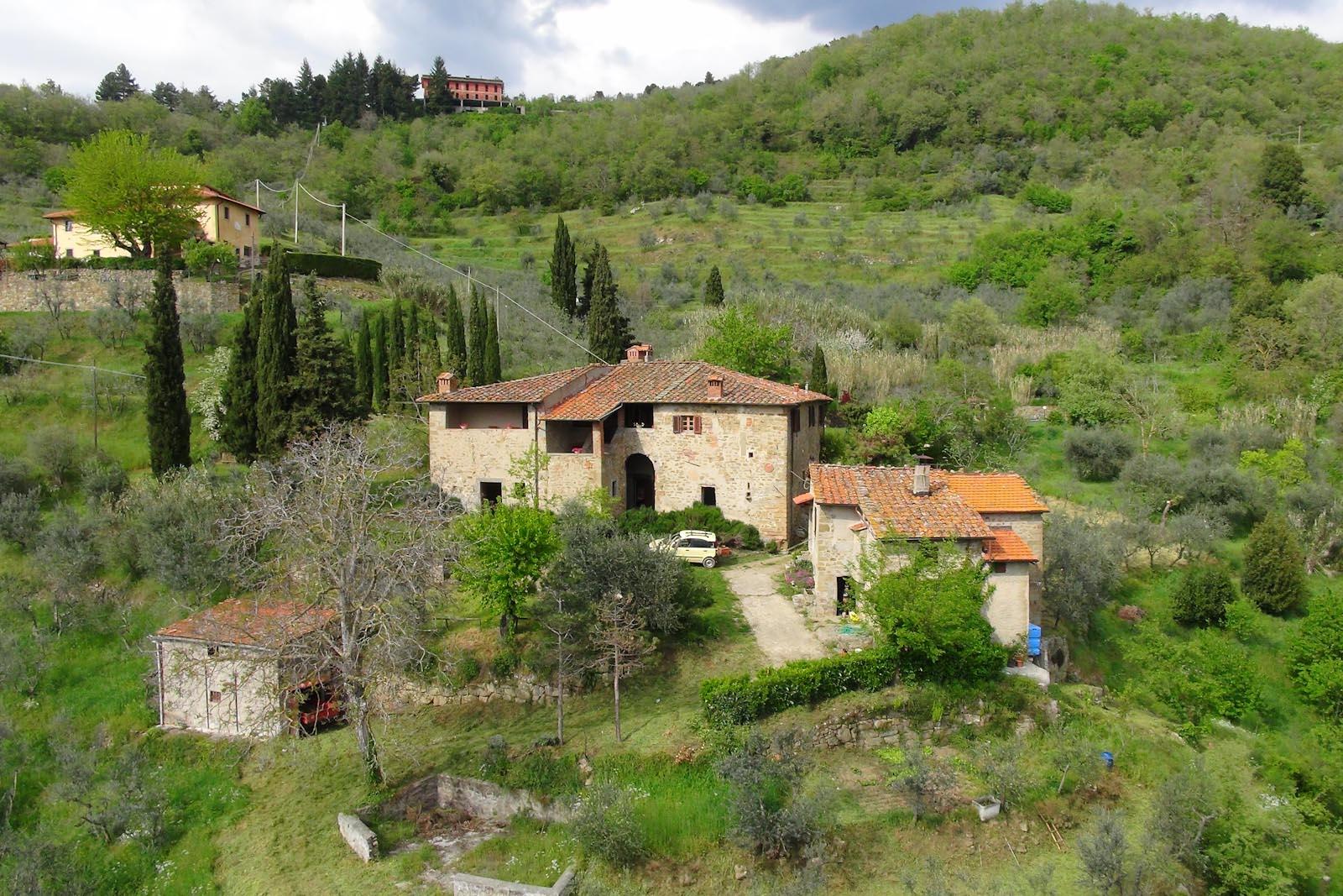Casolare in vendita in italia toscana arezzo loro for Cottage di campagna francese in vendita