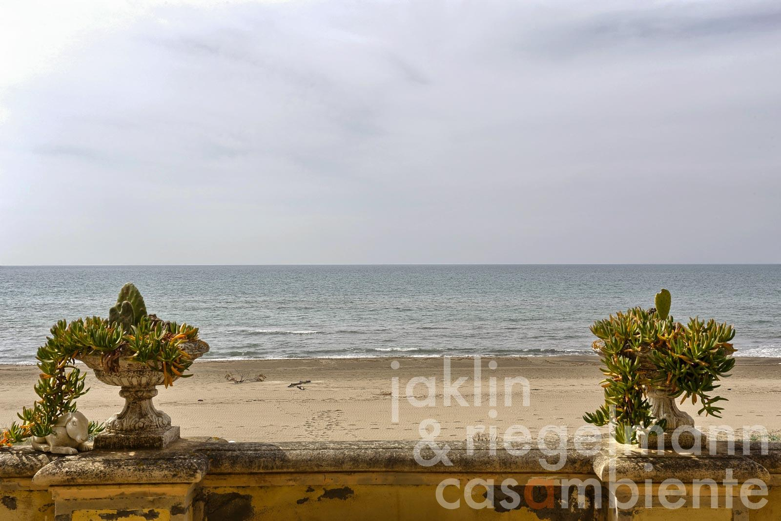 Italien, Toskana, Marina di Castagneto Carducci, Apartement direkt am Meer