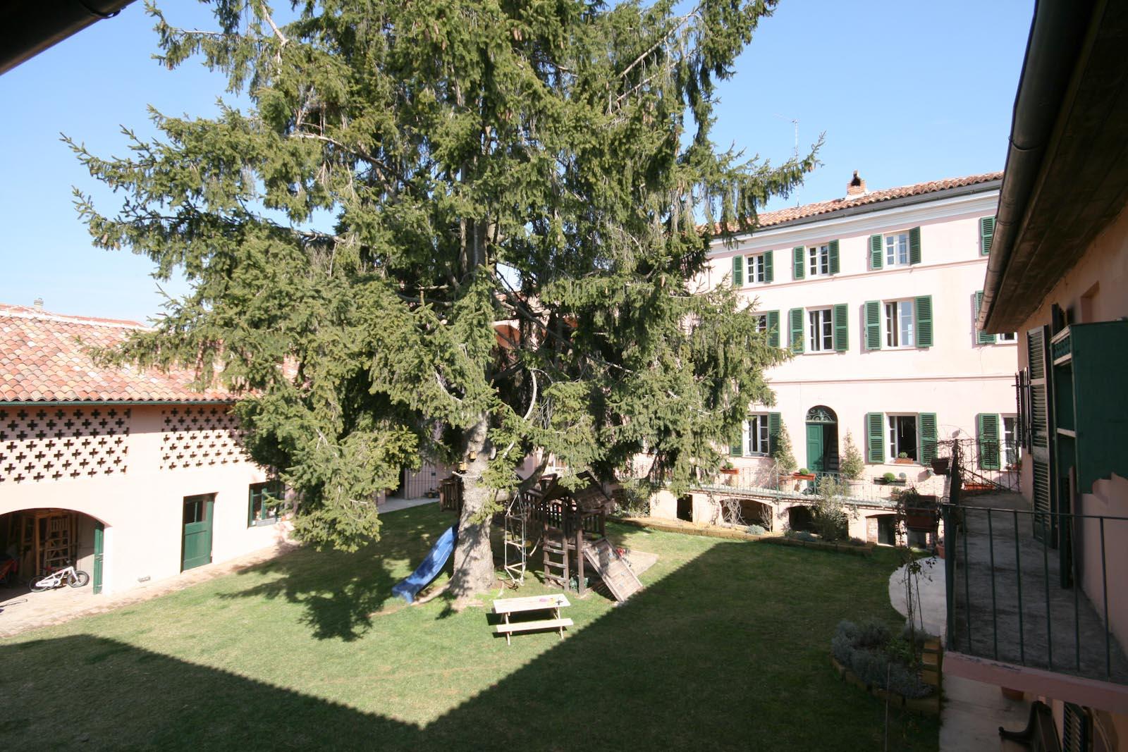 L'antica casa padronale vicino ad Alessandria ed Asti in Piemonte in vendita