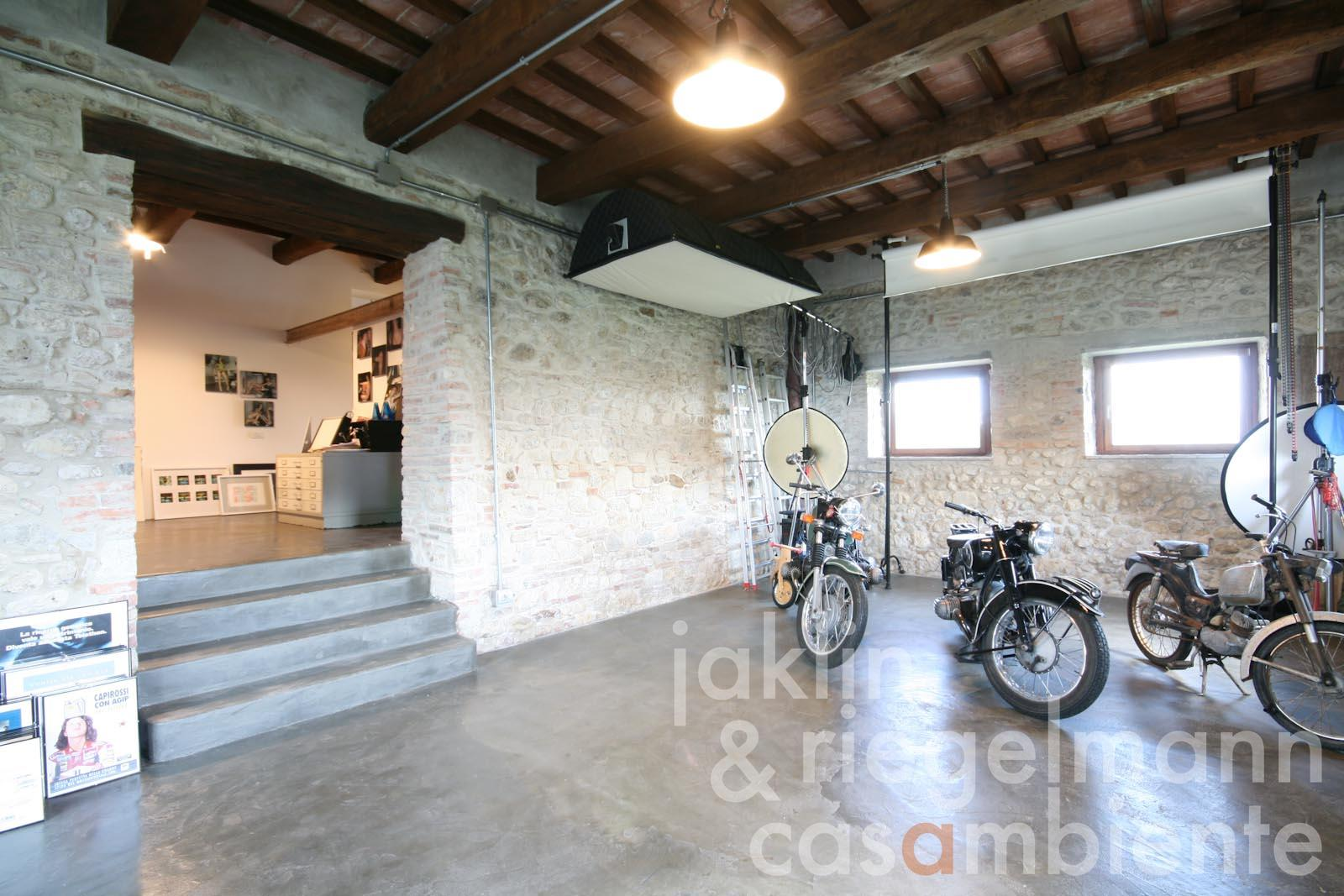 Case interni rustici interni rustici free pavimento rustico moderno il meglio del design degli - Interni casa campagna ...