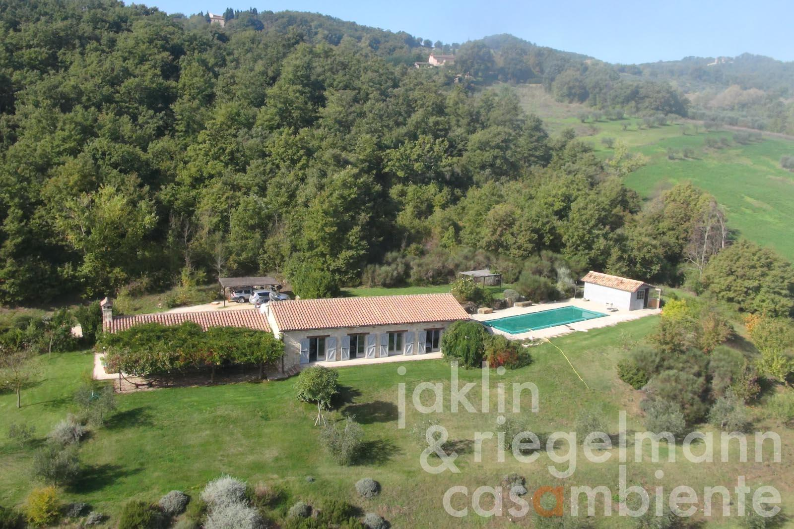 The modern country house for sale close to Todi in Umbria with pool and olive grove