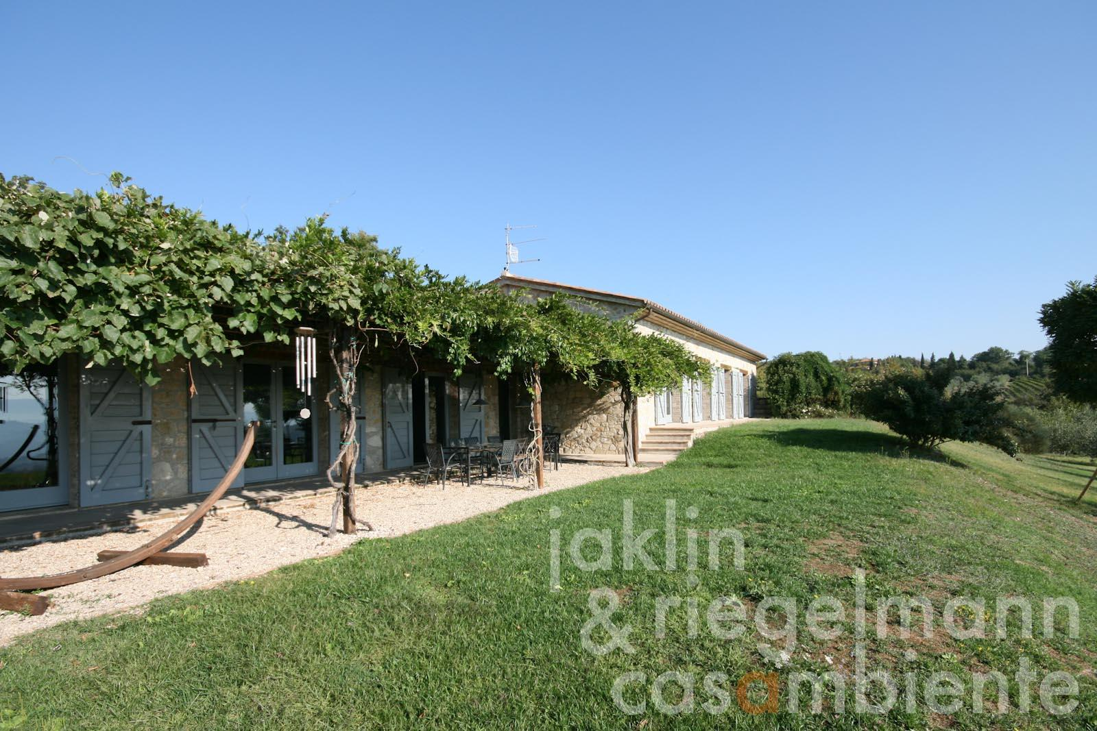 Tremendous Country House For Sale In Italy Umbria Perugia Todi Modern Inspirational Interior Design Netriciaus