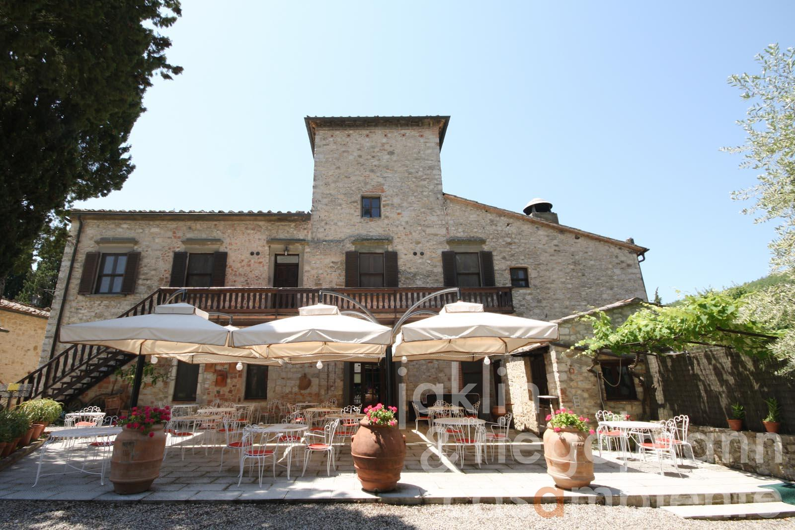 The historic country hotel for sale in the Chianti with Villa Padronale and 12 annexe buildings