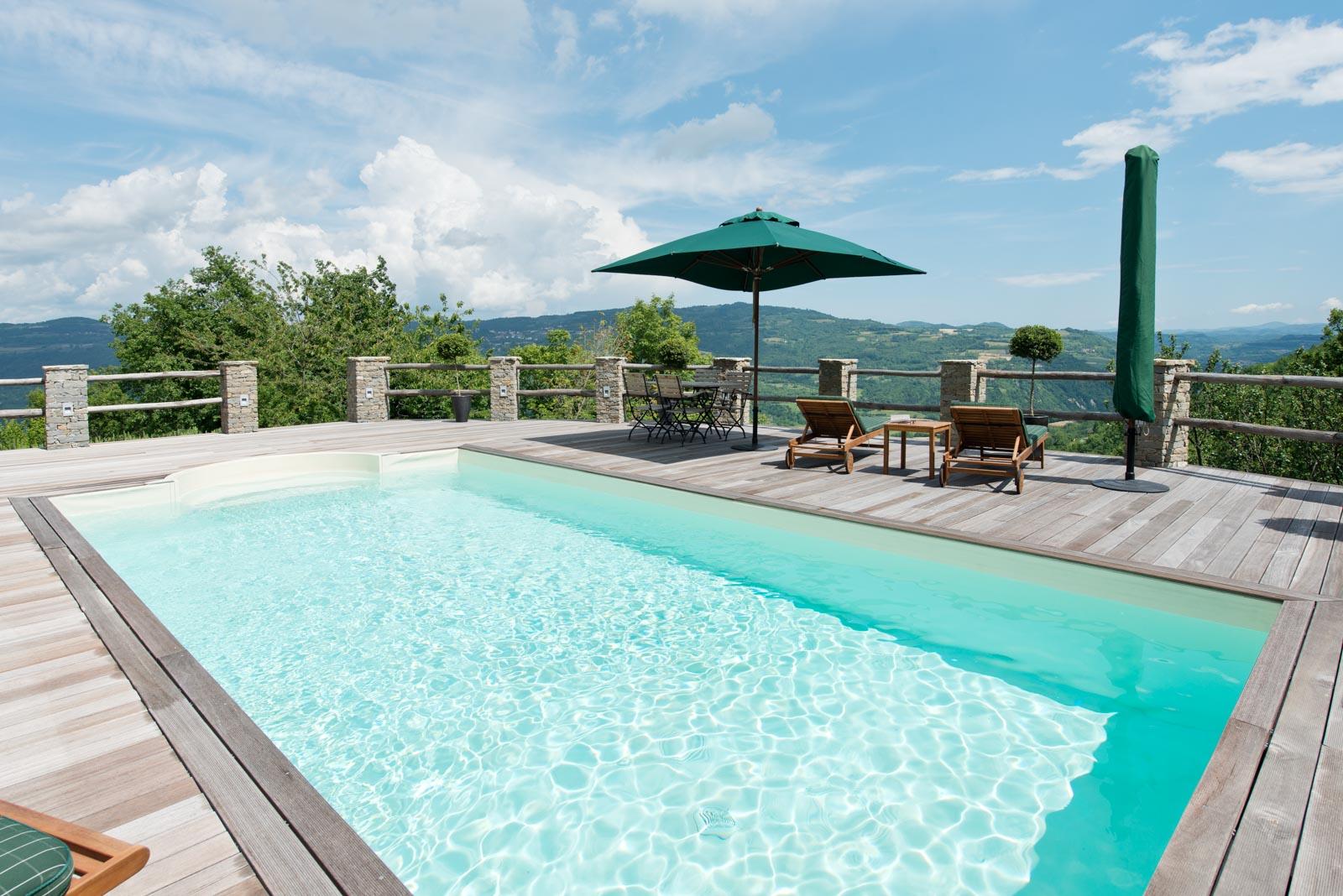 landhaus kaufen verkaufen in italien piemont cuneo mombarcaro traumhaftes landhaus mit. Black Bedroom Furniture Sets. Home Design Ideas