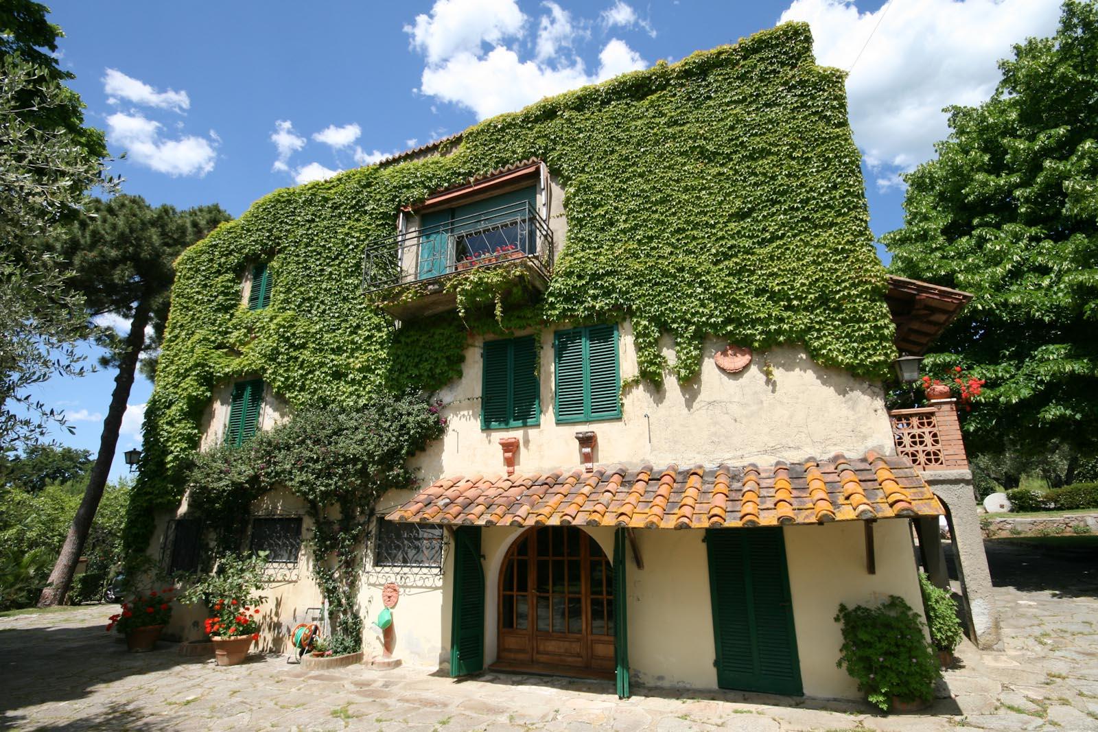 Villa in vendita in italia toscana livorno castagneto for Cottage di campagna francese in vendita
