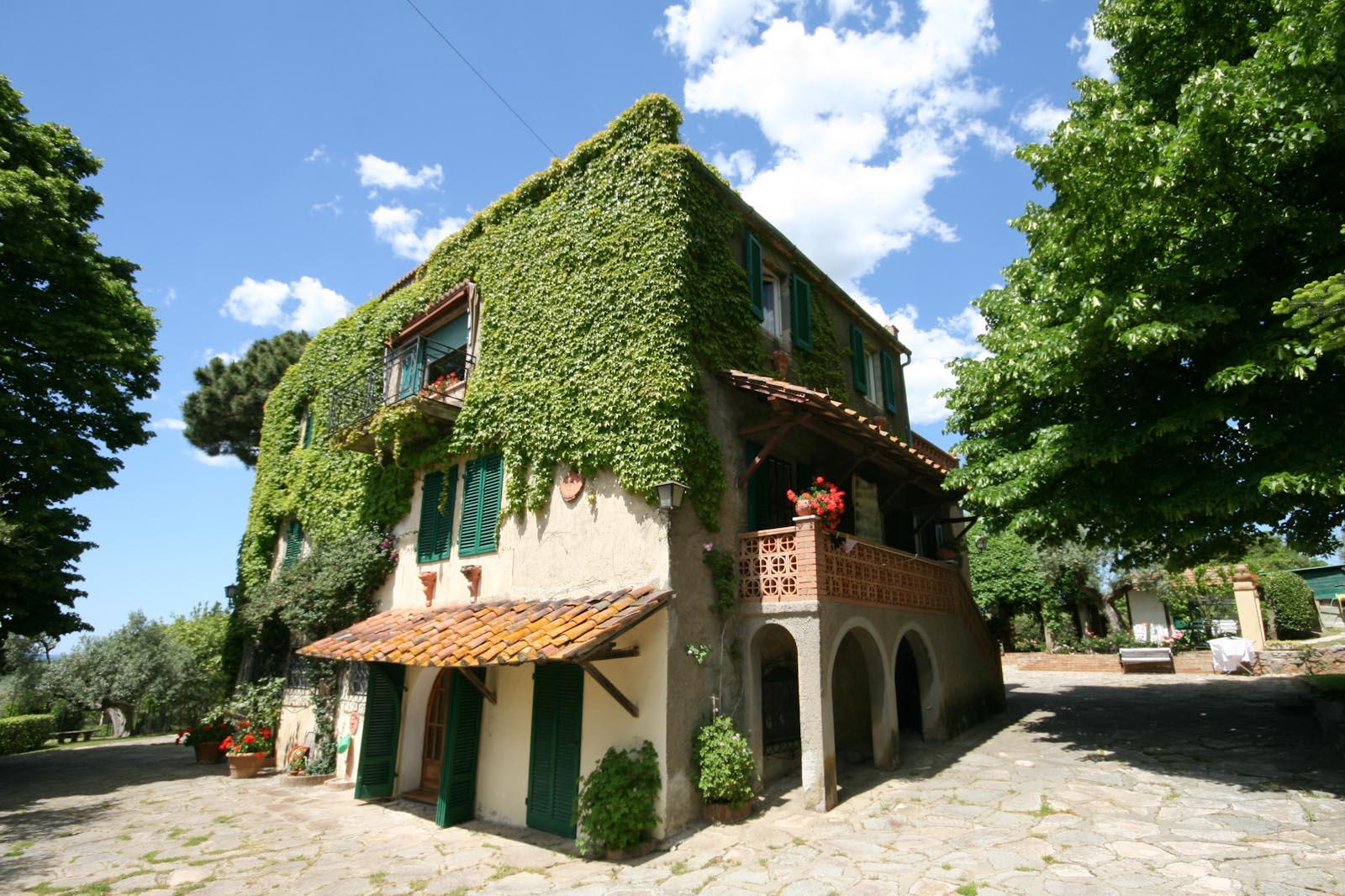 Villa in vendita in italia toscana livorno castagneto for Seconde case impero in vendita