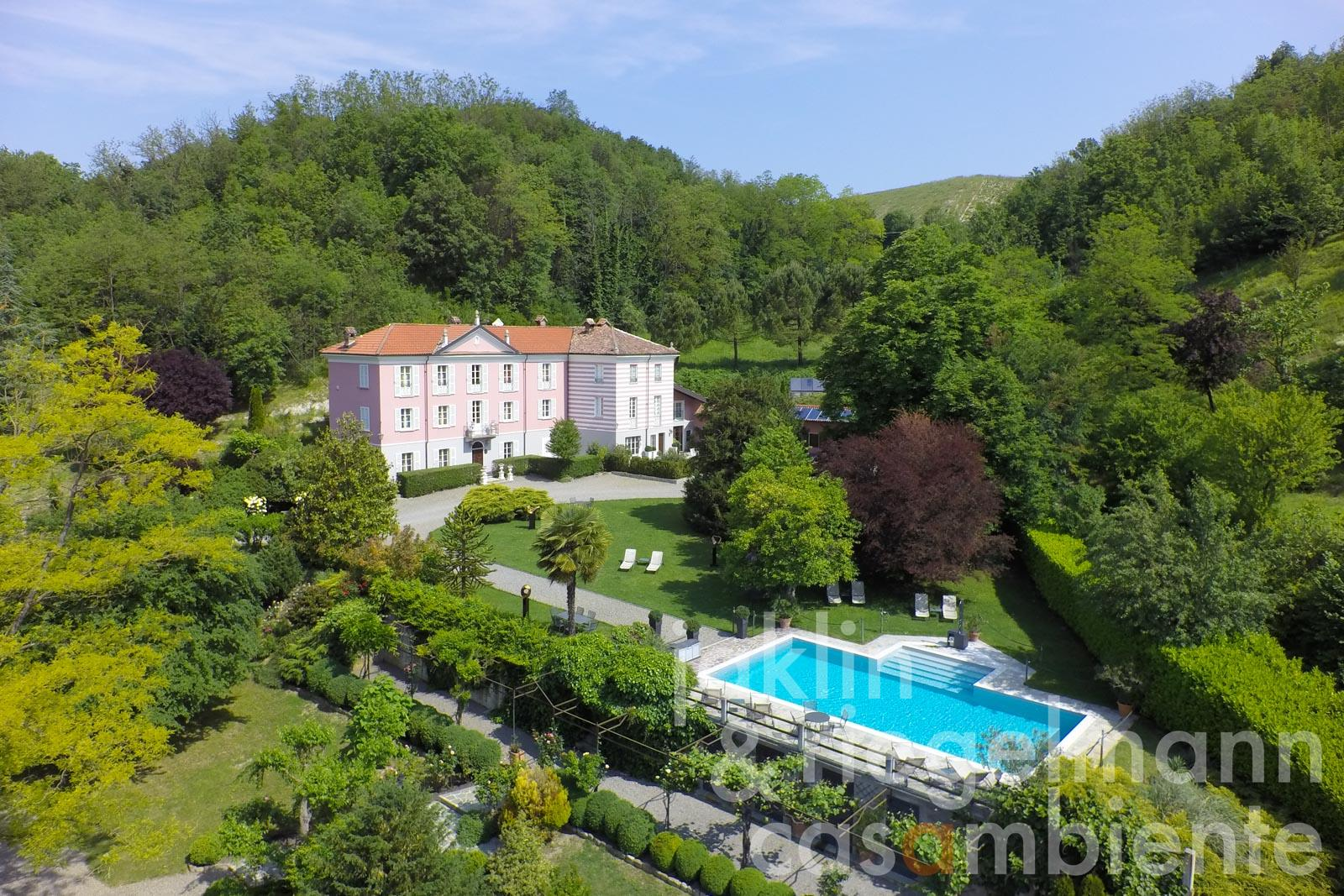 The historic and meticulously restored 18th century villa for sale close to Acqui Terme in Piedmont