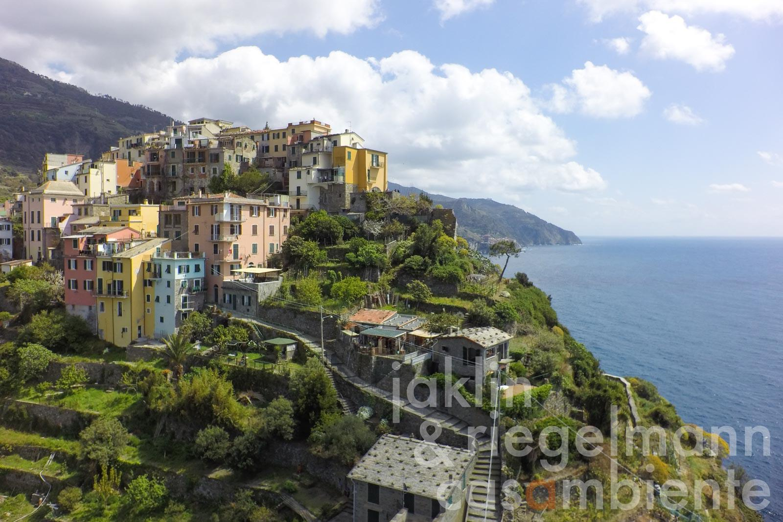 Das ligurische Landhaus zu verkaufen am Meer in fantastischer Aussichtslage der Cinque Terre