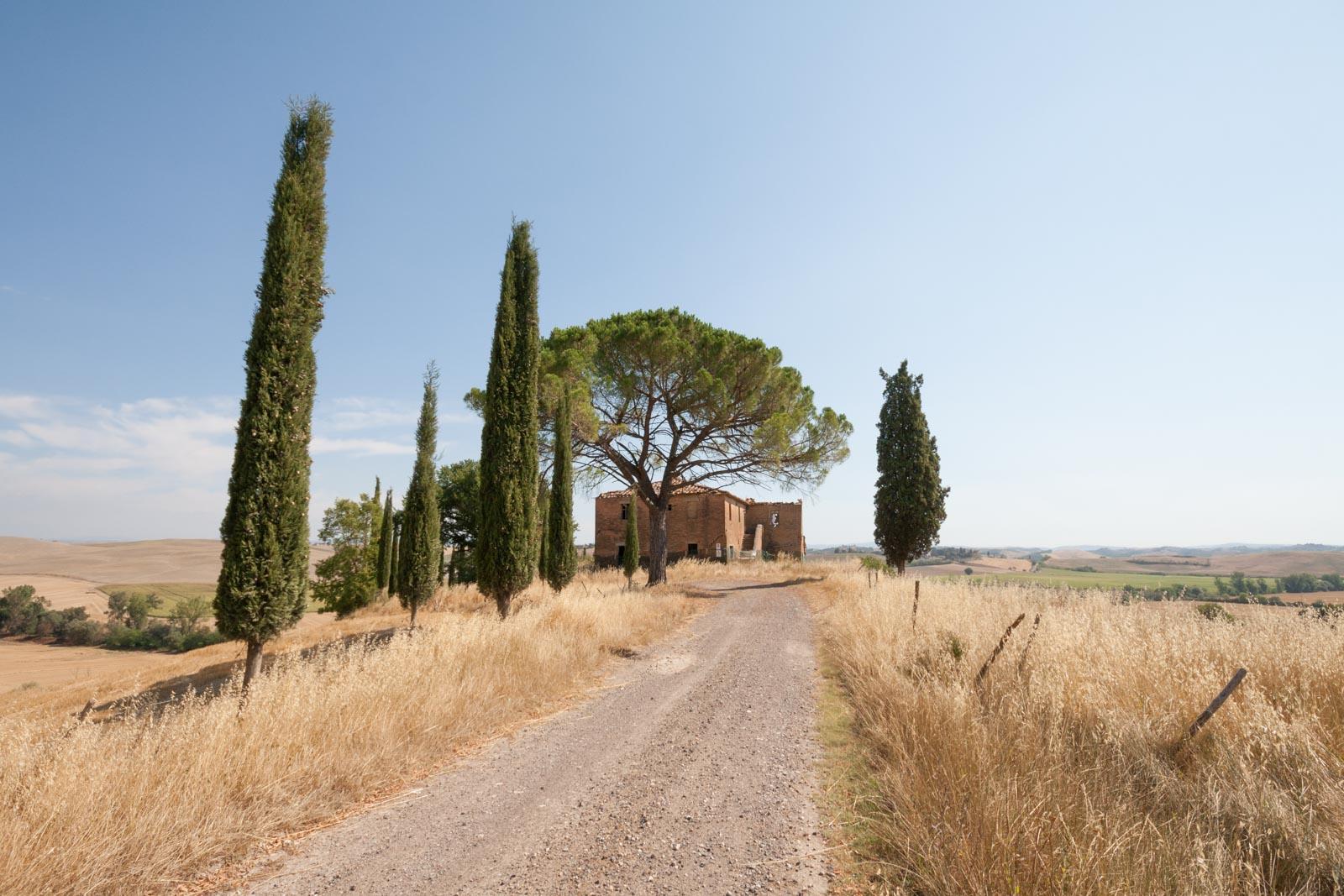 Restaurierungsprojekt Landhaus mit Garten und Pool 18 km von Siena, schlüsselfertig