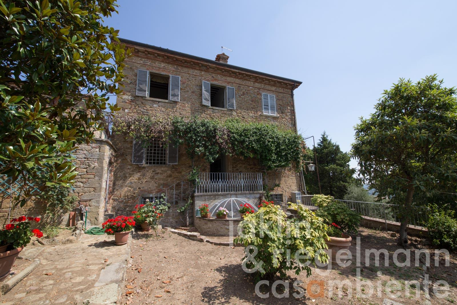 Manorial old villa for sale with restored small church and garden in Tuscany