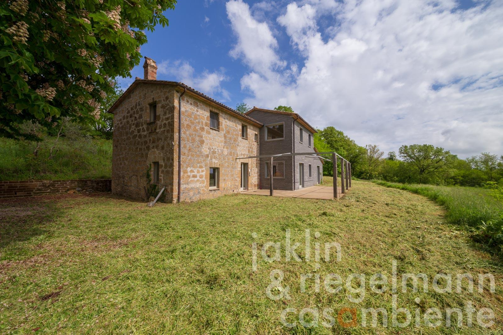 Restored Italian country house for sale close to Orvieto in Umbria with 2.4 hectares of land