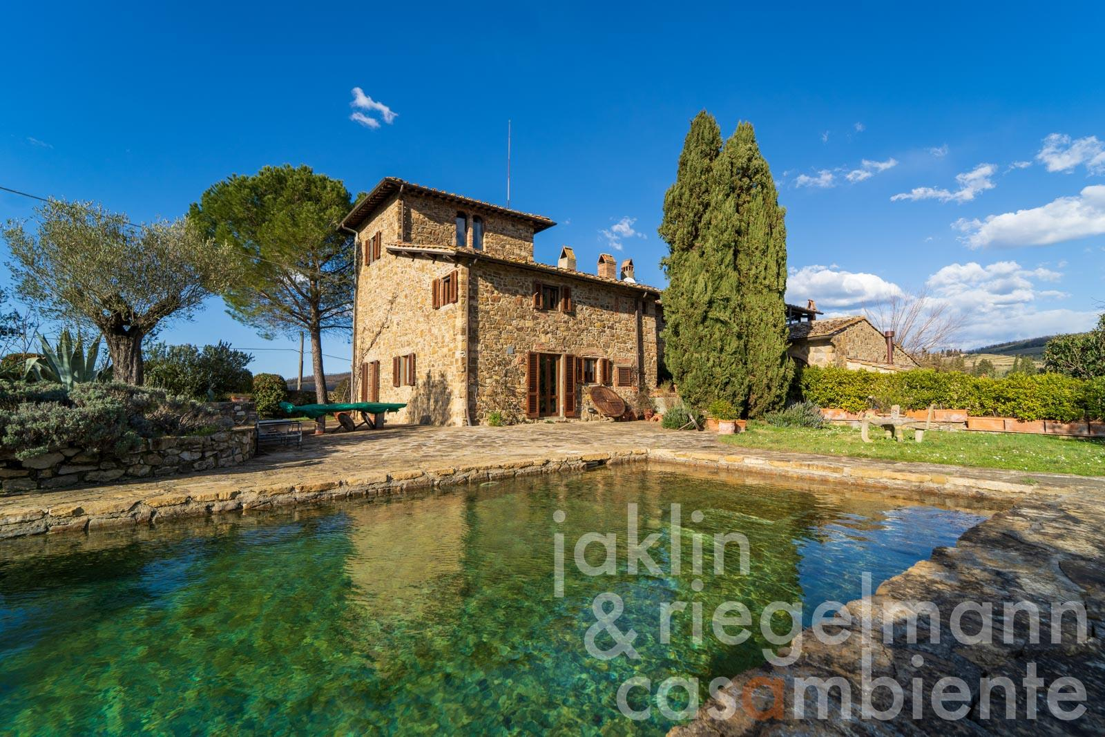 Hideaway full of character in Chianti with olive grove and natural stone pool in panoramic position