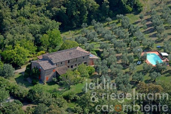 The Tuscan rustico for sale with pool and Bed & Breakfast