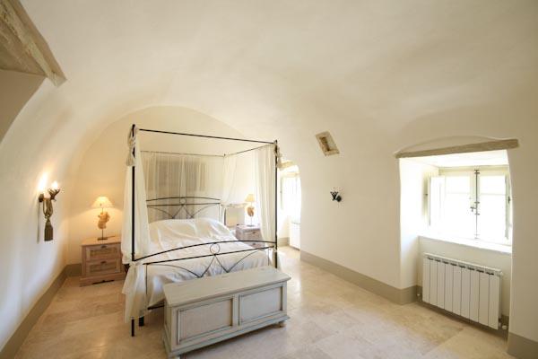 La camera da letto con bagno en-suite al primo piano