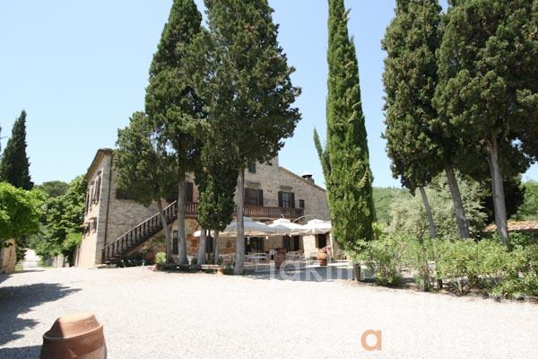 The view onto the Villa Padronale from the courtyard