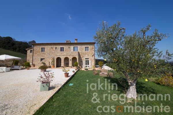 The tastefully restored Tuscan country estate for sale close to Livorno and the sea