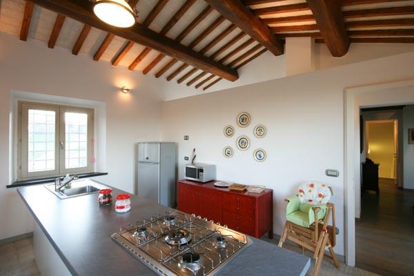 Die Wohnküche im Obergeschoss