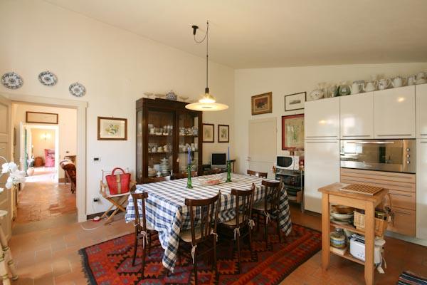 La cucina abitabile nel piano terra