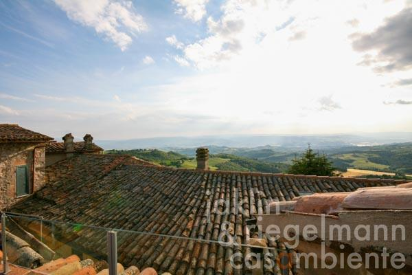 The roof terrace with panoramic views across San Terenziano