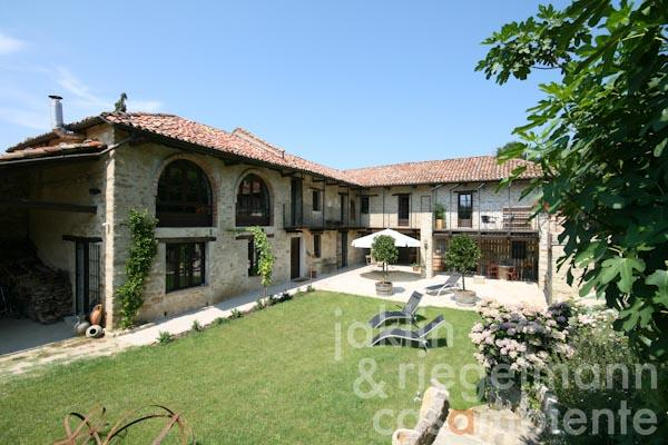 The modern and tastefully restored Cascina for sale in Piedmont as private residence or Bed & Breakfast