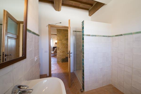 Das Badezimmer im Erdgeschoss