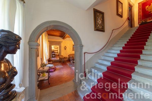 Historic Italian Palazzo for sale out of the 17th century with terrace, garden and pool in Tuscany