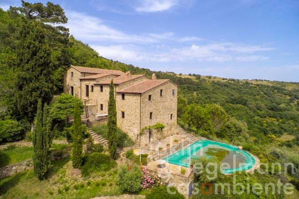 Restored 16th century church, vicarage and stone farmhouse in a beautiful setting just north of Lake Trasimeno