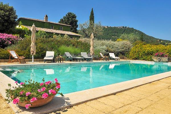 Bezauberndes Landhaus mit Dependance, Garage und Pool in der Nähe von Pienza in der Toskana