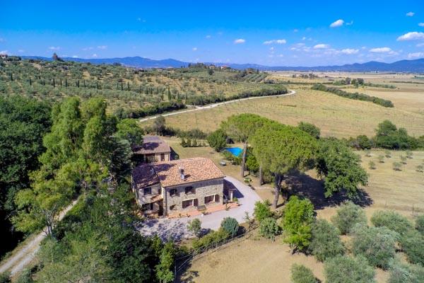 Lovingly restored country house with pool 15 min from the sea near Castiglione della Pescaia