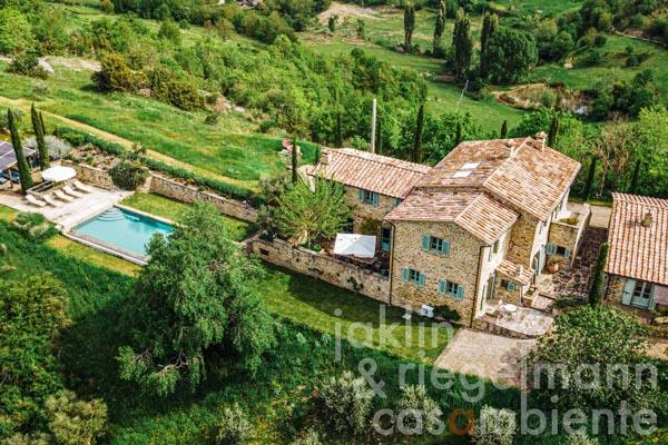 Restored stone country house with guest house and heated pool in the hills between Umbertide and Montone