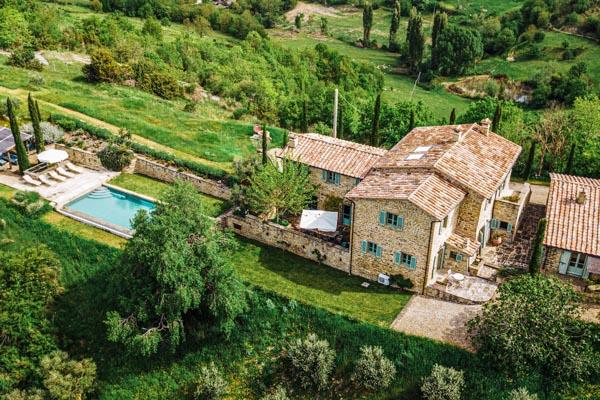 Restauriertes Naturstein-Landhaus mit Gästehaus und beheiztem Pool in den Hügeln zwischen Umbertide und Montone