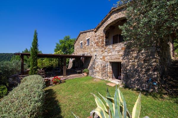 Wunderschönes Anwesen mit spektakulärem Blick über die umbrische Landschaft bei Todi