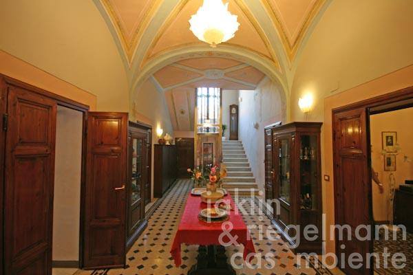 The entrance hall with new installed lift